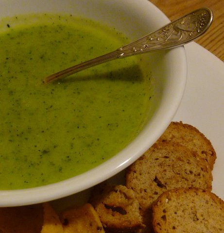 Garlic and zuchini soup by melhardy
