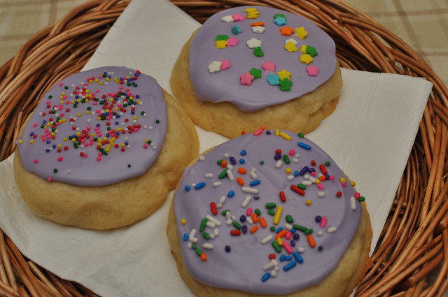 soft frosted sugar cookies 02