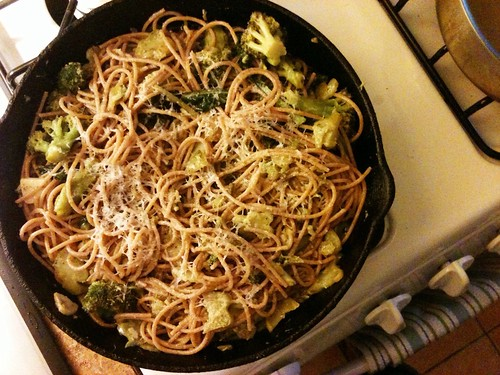 broccoli cooked (almost) forever, with farro spaghetti