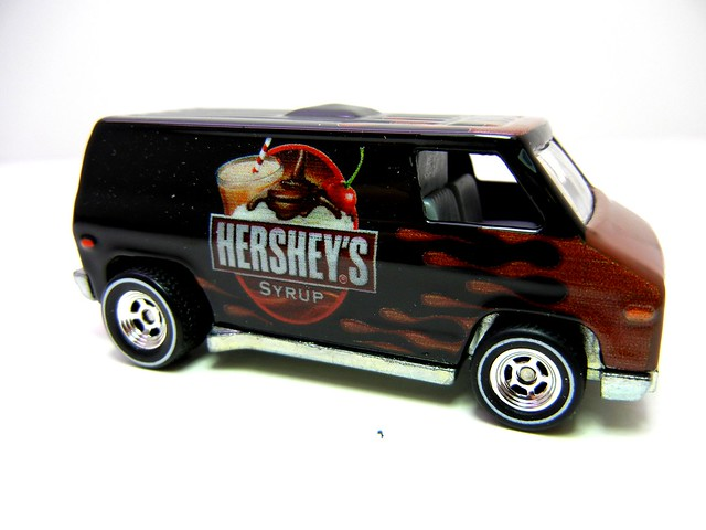 hot wheels nostalgia hersheys syrup super van (2)
