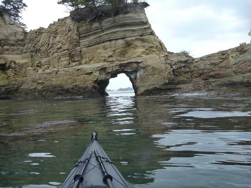メカル崎付近のトンネル。