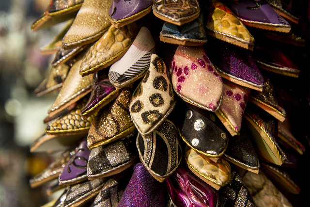 Shoes / keychain in Fes