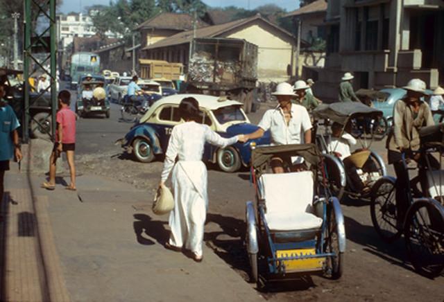 Saigon 1967 - đường Hai Bà Trưng, phía sau Quốc Hội
