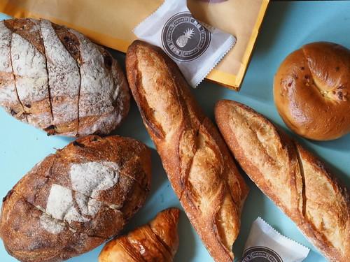 呉寶春麥方で購入したパン