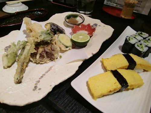 Tokyo-104- Fish market