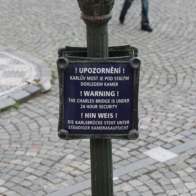 A warning for multilingual pickpockets...