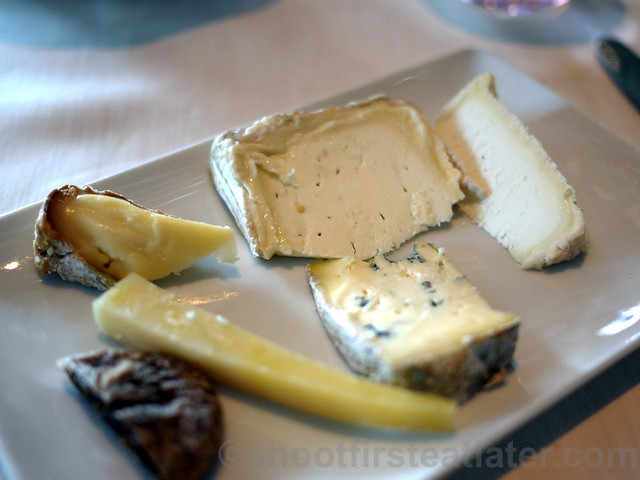 what I ate at Spoon- French cheese plate