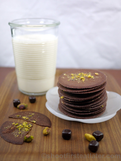 Dragonfly Desserts - chocolate pistachio crisps-001