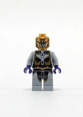 6865 Captain America's Avenging Cycle - Alien Foot Soldier (Chitauri) Front