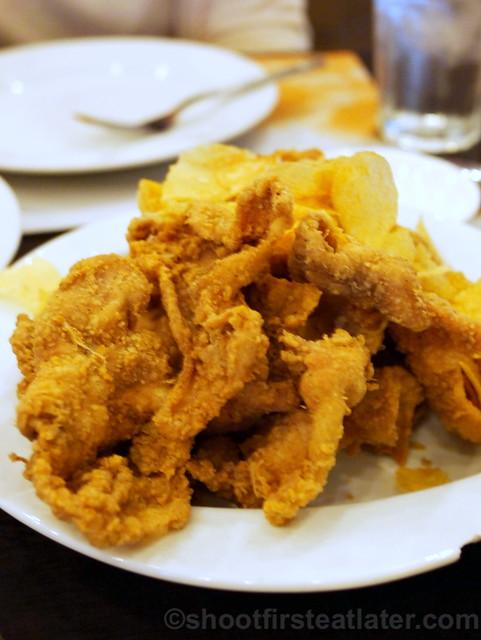 Sunburst Fried Chicken Cebu- chick' n crackers regular P178