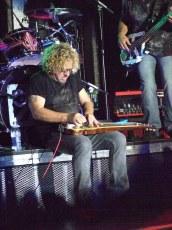 Chickenfoot2009 648