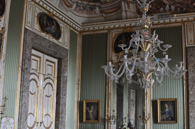 P O P Fall Ceiling Wallpaper Royal Palace Of Caserta The 700 S Apartments