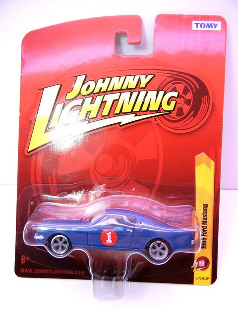 johnny lightning 1965 ford mustang blue (1)