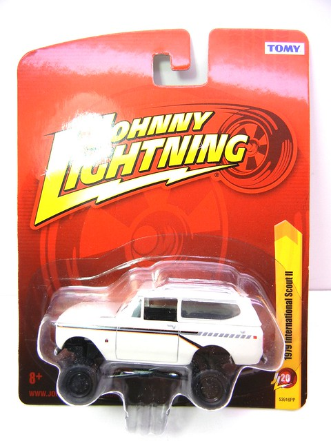 johnny lightning 1979 international scout II (1)