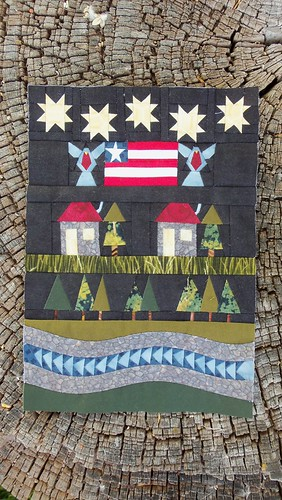 Mini Americana quilt top finished! by ruthiequilts
