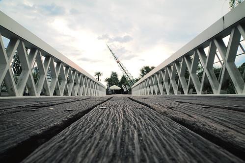 HDR bridge