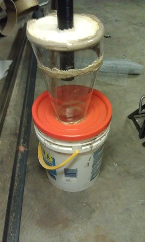 Dust Filter - bucket lid attached