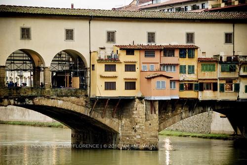 Ponte Vecchio, Detail - East