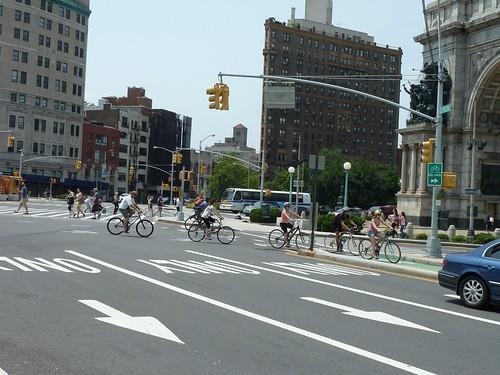 Biking in NYC, courtesy of Dani Simons.
