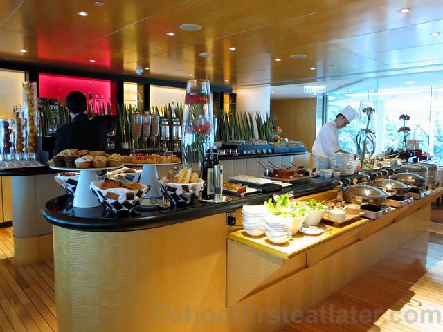 Club InterContinental Breakfast