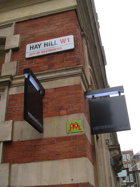 Invader - Hay Hill