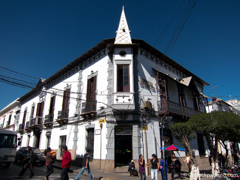 This building marks one of the corners of Plaza 25 de Mayo