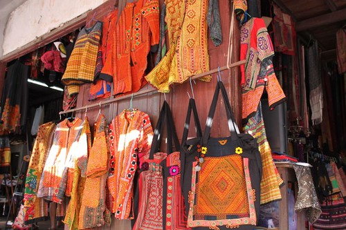 20120126_2712_ethnic-clothes