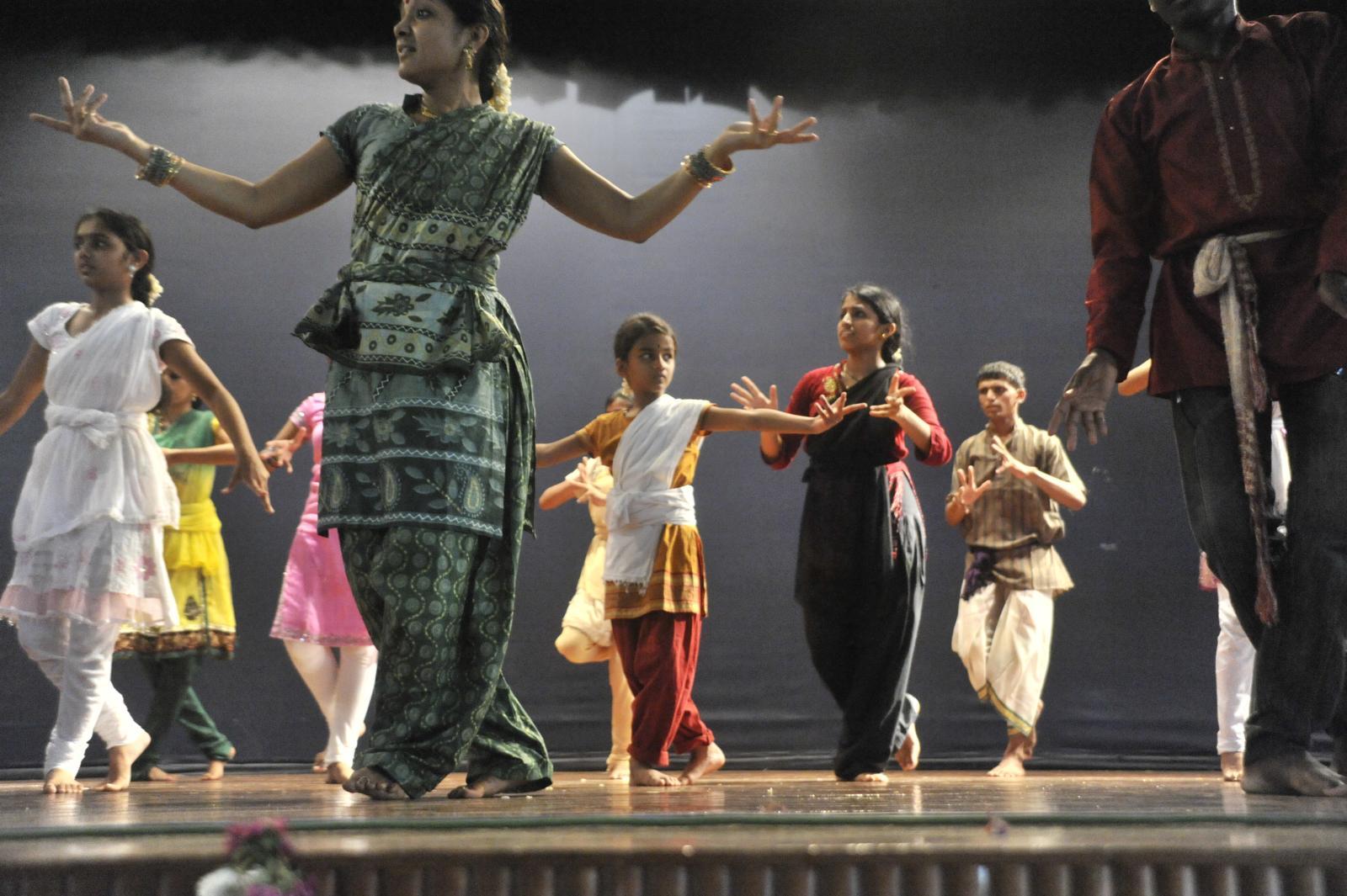 Students of Vid. Malavika Sarukkai (Bharatanatyam)