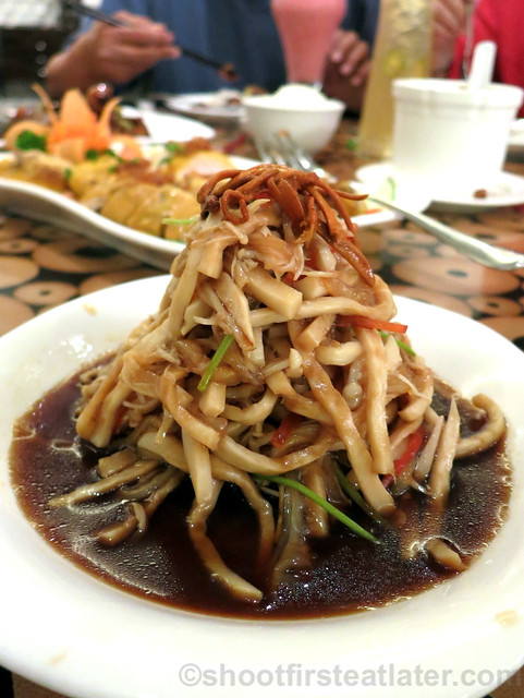 new dishes at Lugang Cafe- Abalone Mushroom and Jelly Fish P220