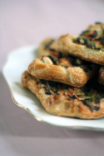 Leek and Goats cheese pastry (1/6)