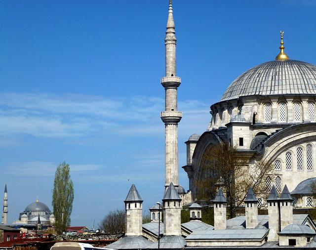 Istanbul - avril 2012 - jour 2 - 045 - Nuruosmaniye Camii