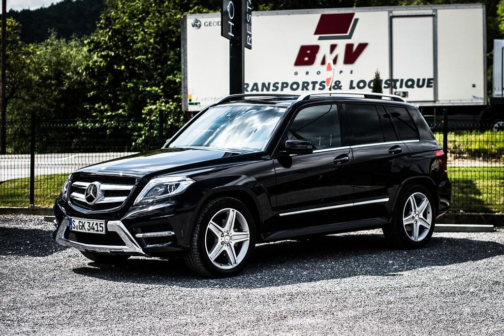 Mercedes Benz GLK exterior
