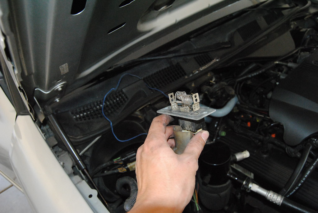 2007 Ford Crown Victoria Fuse Diagram Eatc Blower Stuck On High Body And Interior Crownvic Net