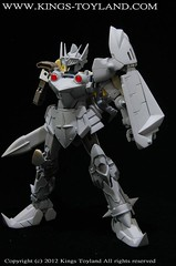 MG Versal Knight Gundam Resin Conversion Kit (8)