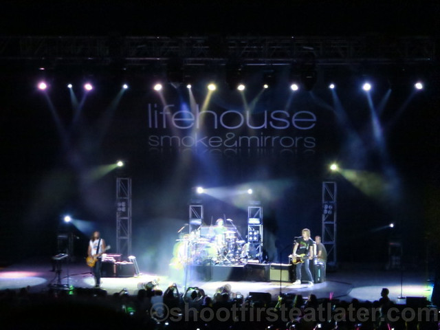 Lifehouse at the Smart Araneta Coliseum-014