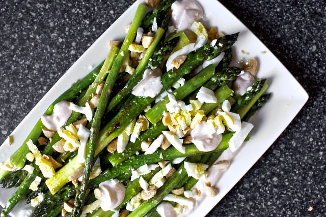 roasted asparagus with smoky yogurt