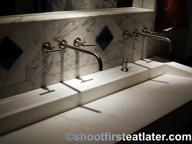 Zaytinya's bathroom-002