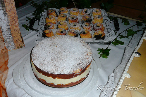 more cakes!