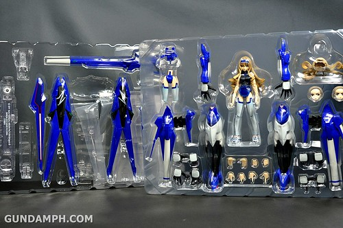 Armor Girls Project Cecilia Alcott Blue Tears Infinite Stratos Unboxing Review (17)