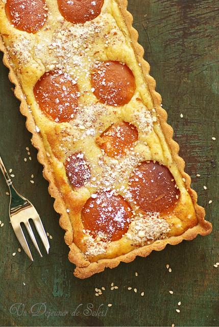 Tarte aux abricots et sésame