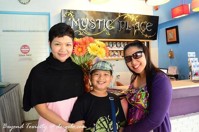nok gabby and tina at mystic place bangkok