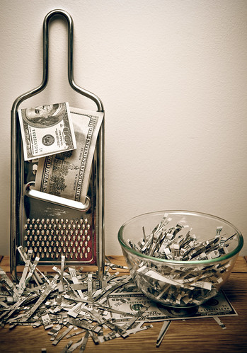 Shredding money (Some rights reserved by Tax Credits on Flickr)