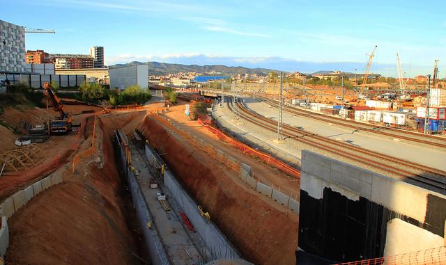 Zona nuevo puente del Trabajo - Riera de Horta - 11-04-12 - © Marc Arroyo