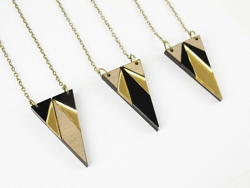 Necklace Deco Triangle3