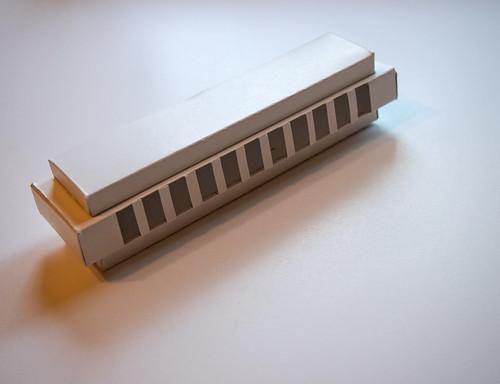 Paper Instruments - harmonica