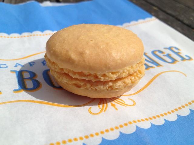 Lemon macaron - La Boulange de Noe