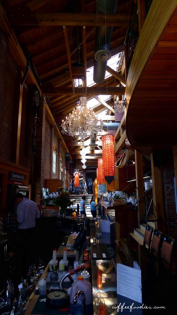 CANOE BREWPUB, Restaurant and Marina VICTORIA BC 0037