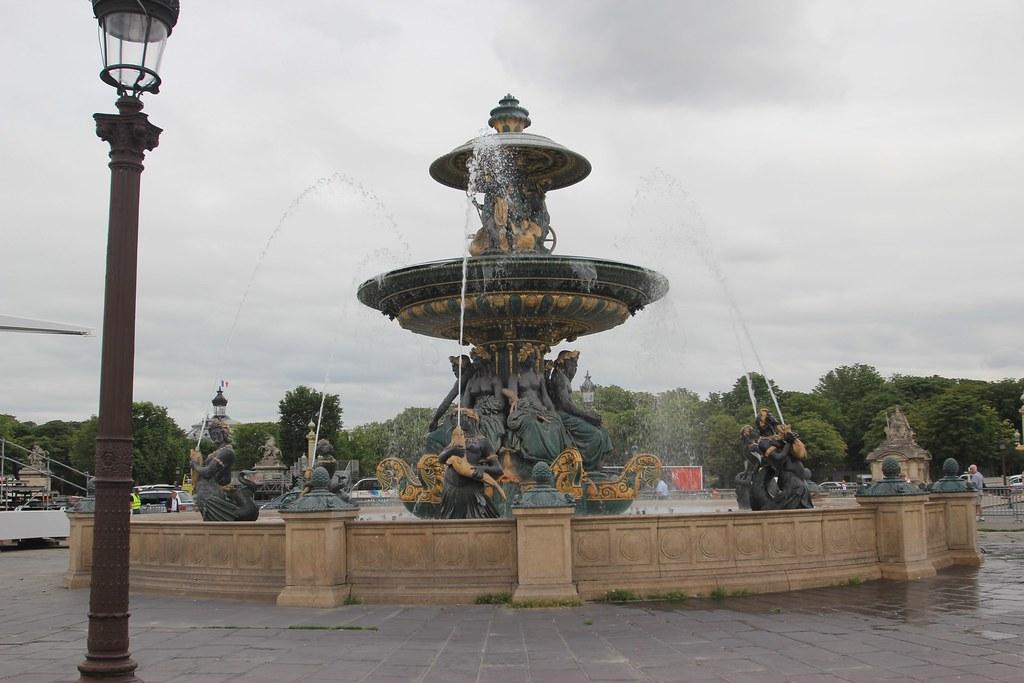 Champs-Élysées - Paris, France