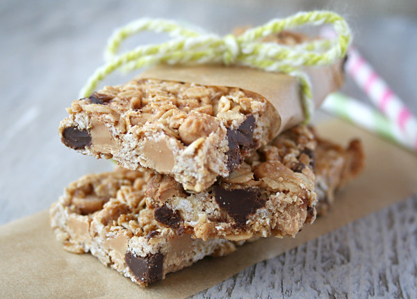 Chewy, Peanut Butter Chocolate Chip Granola Bars