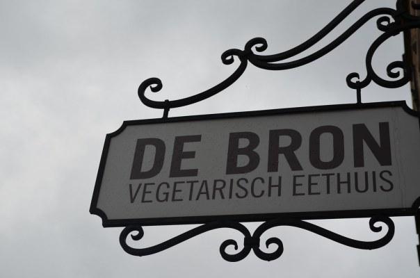 A vegetarian 'eathouse'